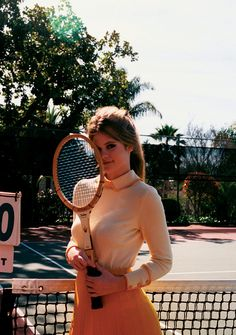 Fancy a spot of tennis? Love this vintage look styled by @Alishia Roff Roff Roff Campbell vintage in Oakland and San Francisco California