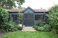 Summer House Painted Farrow & Ball Off Black - Image Via Light Locations Garden Buildings, Garden Structures, Small Buildings, Small Houses, Summer House Garden, Home And Garden, Summer Houses, Garden Living, Painted Shed