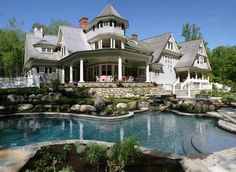 Custom home built by Country Club Homes, Inc., Wilton, CT