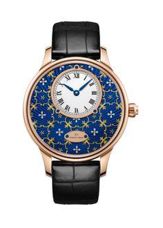 JAQUET DROZ Petite Heure Minute Paillonée | Blue Grand Feu paillonné-enameled dial, red gold case. Automatic movement. Power reserve of 68 hours. 39 mm diameter.