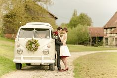 Barn wedding inspiration with the color of the year 2015, which is marsala. My favorite type of wedding car - a VW T1 <3 A short wedding dress, beautiful details, suspenders for him, marsala colored bow tie and petticoat, marsala shoes.