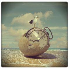 "time island by beyzayildirim77 on DeviantArt-------------da""Uovo""diⓛⓤⓐⓝⓐ"