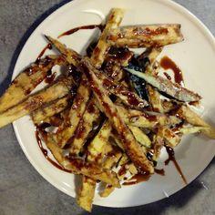 Revisitando los clásicos, berenjenas en tempura en La Viña