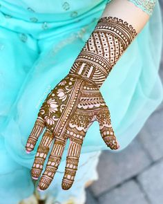 The World's Top Fashion Trends With Top Fitness Models Full Hand Mehndi Designs, Beautiful Henna Designs, Hand Designs, Wedding Mehndi, Bridal Henna, Top Fitness Models, Mahendi Design, Sister Love, Mehendi