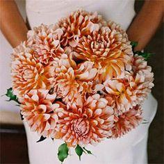 свадебный букет невесты флористика георгин цветы фото свадьба