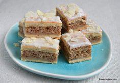 prajitura ungureasca cu nuca si glazura de lamaie cu migdale Romanian Food, Square Cakes, I Foods, Cheesecake, Food And Drink, Sweets, Homemade, Cookies, Desserts