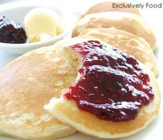 Little Housewife: Light Fluffy Pikelets