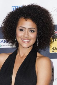 Nathalie Emmanuel Female Actresses, Actors & Actresses, English Actresses, Nathalie Emmanuel, Natural Hair Styles, Curly Hair Styles, Maisie Williams, Film, Hbo Game Of Thrones