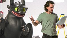 Watch the official 'Kit Harington vs Toothless' clip & trailer for How to Train Your Dragon The Hidden World, an animation movie starring Jay Baruchel, Jo. Toothless Funny, Toothless Dragon, Hiccup And Toothless, Dragon 2, How To Train Dragon, How To Train Your, Pixar, Night Fury Dragon, Httyd Dragons