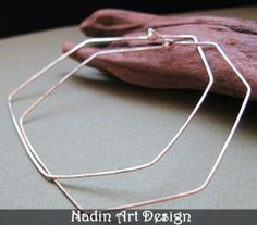 Einzigartige Silber Creolen Ohrringe. Hexagon  von NadinArtDesign auf DaWanda.com
