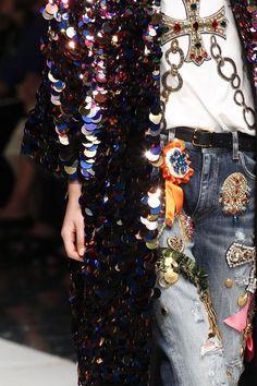 Dolce & Gabbana SS 2017 Fashion Show & more details