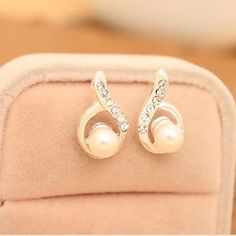 Earrings for ladies