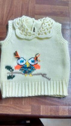 Chaleco con bordado y crochet