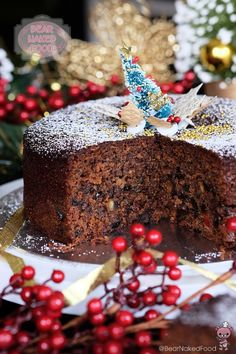 Quick and Easy Christmas Fruit Cake - Recipe adapted from: Nigella Chocolate Fruit Cake (with modifications) easy christmas baking recipes Christmas Cooking, Christmas Desserts, Christmas Fruit Cake Recipe, Christmas Cakes, Holiday Cakes, Easy Cake Recipes, Dessert Recipes, Easy Fruit Cake Recipe, Fruit Cake Recipes