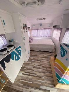 Caravanas Vintage en alquiler en el camping situado en primera línea de mar, en la Costa Dorada.