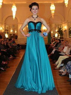 Bodice, Neckline, Black Jewel, Prom Dresses, Formal Dresses, Special Occasion, Floor, Gowns, Boutique