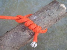 Timber Hitch   The Timber Hitch secures a rope to a cylindrical object for hauling or as a support.