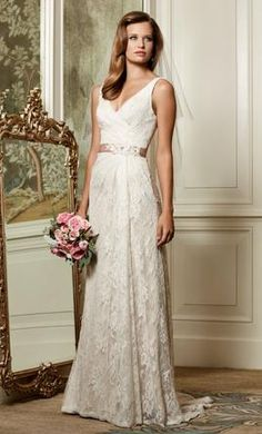 New (Un-Altered) Wtoo Eloise / 13118 Wedding Dress $1,100 USD. Buy it PreOwned now and save 26% off the salon price!