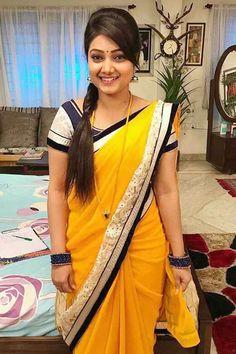 Beautiful Girls From Around The World Actress Pics, Indian Film Actress, South Indian Actress, Beautiful Indian Actress, Beautiful Actresses, Indian Actresses, Beauty Full Girl, Beauty Women, Aunty In Saree