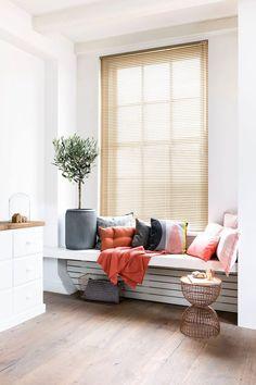 Horizontale jaloezieen van Bece raamdecoratie.