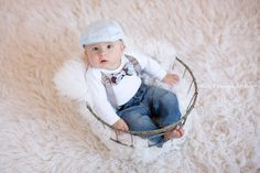 6 month session with this handsome boy! Cute outfit with suspenders, bow tie, ha… 6 month session with this handsome … Boy Photo Shoot, Girl Photo Shoots, Cute Baby Photos, Baby Girl Photos, Cute Babies, Baby Kids, 1 Year Baby, Milestone Pictures, Photographing Kids