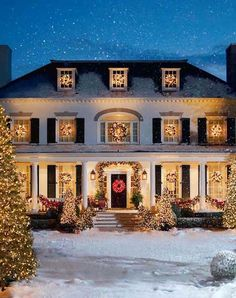 Love these outdoor Christmas lights! traditional home exterior Christmas Time Is Here, Noel Christmas, Outdoor Christmas, White Christmas, Beautiful Christmas, Exterior Christmas Lights, Christmas Houses, Christmas House Lights, Magical Christmas