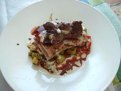 Entrecôte d e  boeuf   foie  de  poule ratatouille de  petit  legumes ,sauce  bordelaise   et  aux  herbes  cremeux  Gino D'Aquino