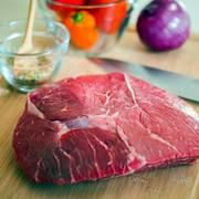 cooking Funny Crock Pot - How to Make a Tender Sirloin Tip Roast in a CrockPot Roast Recipes, Healthy Dinner Recipes, Gourmet Recipes, Sirloin Tip Roast, Sirloin Tips, Cooking Websites, Cooking Tips, Cook Fresh Spinach, How To Cook Barley