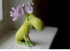 ✄ A Fondness for Felt ✄  DIY craft inspiration:  felted moose