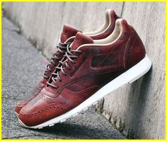 71e5509e2b683 Mens running sneakers. Stylish Sneakers Design  sneakersnike Best Sneakers