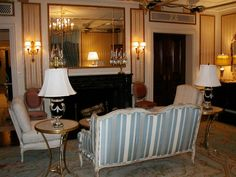 carrie's paris hotel suite ● sex and the city