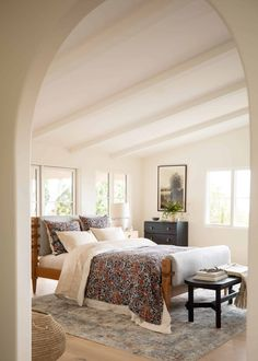 Should We Be Floating All Of Our Furniture??? A Potential Trend We Think Is On The Rise - Emily Henderson | design trends, interior design Furniture Layout, Home Office Furniture, New Furniture, Huge Bed, Floating Bed, Organic Cotton Sheets, Open Concept Home, Amber Interiors, Interior Photo