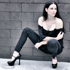 Model Jacqueline Marie Mourning. #gothgirl #gothfashion #goth #gothic #gothlifestyle #gothlife #alt #alternative #gothicmodel