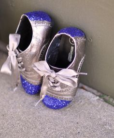 Claradeparis.com loves this DIY by love Maegan:: Glitter Cap Toe Shoes {for kids or adults} Fashion + DIY + Lifestyle