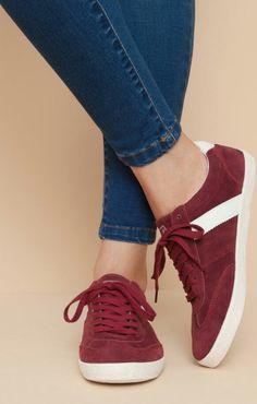 64f62e13 Dark red shoes Zapatillas Mujer, Zapatos Dama, Zapatos De Moda, Ropa Casual,