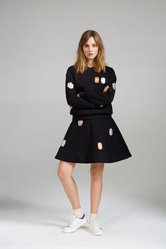 BADGE SWEATER AND PRETTY WAIST DRESS Black Sweaters, Badge, Women Wear, Product Launch, Dresses For Work, Costumes, Contemporary, Coat, Pretty