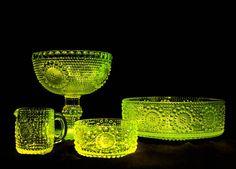 Grapponia, Nanny Still Glass Room, Glass Art, Vaseline Glass, Glass Ceramic, Glass Collection, Dinnerware, Sculptures, Ceramics, Retro