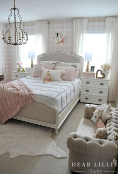 Relaxing French Country Bedroom Design and Decor Ideas that are Full of Charm - Home and Gardens French Country Rug, French Country Bedrooms, French Country Decorating, Country Girl Bedroom, Country Girls, French Bedroom Decor, Rustic French, French Cottage, French Decor