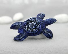"3.1 inches in length, velvet clay, acrylic.   ""Velvet Clay Studio"", by Dan Karhu 2017  Figurines of velvet clay are very light, pleasant and magical. This very detailed sta... #totem #turtle #ooak #reptile"