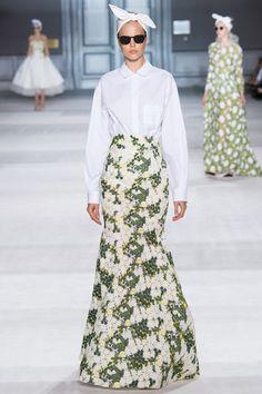 Giambattista Valli Fall Couture 2014 #parisfashionweek  http://steezeplease.weebly.com/blog/couture-from-giambattista-valli