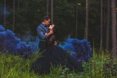Smoke bombs - engagement session Virginia wedding photography A marriage is just a ceremony where Engagement Pictures, Engagement Shoots, Wedding Engagement, Wedding Pics, Dream Wedding, Wedding Venues, Wedding Ideas, Rauch Fotografie, Smoke Bomb Photography