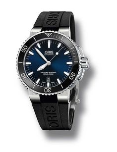 @oris Aquis Date - Blue. A WatchTime review- 5 Oris Watches Under $2,500. http://www.watchtime.com/wristwatch-industry-news/watches/affordable-oris-5-oris-watches-under-2500/ #watchtime #oris