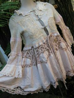 Vintage lace upcycling