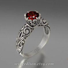 BEATRICE 14K gold engagement ring with Garnet por WingedLion