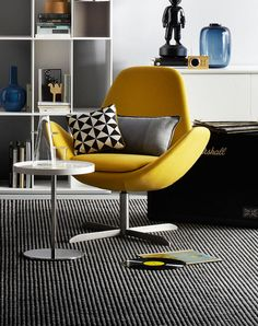 Calligaris Electra Lounge available at Alchemy Collections Modern Furniture, Home Furniture, Furniture Design, Small Apartment Design, Yellow Interior, Single Sofa, Sofa Chair, Living Room Chairs, Modern Interior Design