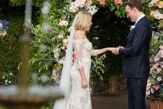 Real Wedding – Suzi & Elliot - Garden Ceremony - I Do - Dress Inspo