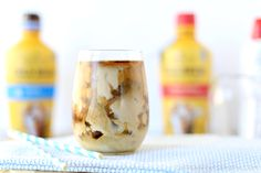 The Secret to Making Fancy Coffee Drinks at Home + Cinnamon Vanilla Iced Latte Recipe - The PennyWiseMama Cold Coffee Drinks, Cold Brew Iced Coffee, Coffee Drink Recipes, Coffee Coffee, Iced Vanilla Latte Recipe, Iced Latte, Coffee Dessert, Espresso, Cinnamon