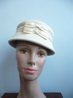 Vintage 1950s bucket hat toque Cream with by fancymeetingyouhere, $48.00