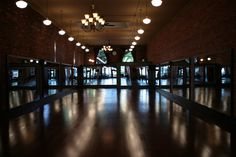 <3 <3 <3 Beautiful dance studio... It'll be too expensive for a poor college student but whatever!