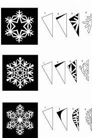 snowflakes out of paper - crafts ideas - crafts for kids Paper Snowflake Patterns, Snowflake Template, Paper Snowflakes, Snowflake Designs, Christmas Snowflakes, Christmas Holidays, Merry Christmas, Origami And Kirigami, Christmas Crafts